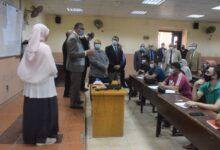 Photo of رئيس جامعة بنها يتفقد الدراسة بهندسة شبرا