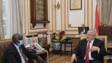 Photo of د. الخشت يلتقي وزير التعليم العالي بجنوب السودان لبحث سبل التعاون المشترك مع جامعات جنوب السودان  د