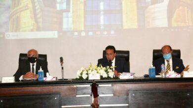Photo of وزير التعليم العالي يشدد على تطبيق الاجراءات الاحترازية أثناء امتحانات نصف الفصل الدراسي الأول بالجامعات الخاصة