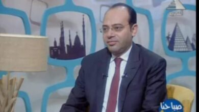 Photo of فتح الباب : تواصل شوقي مع الطلاب واولياء الامور ..نموذج يحتذي للمسئولية