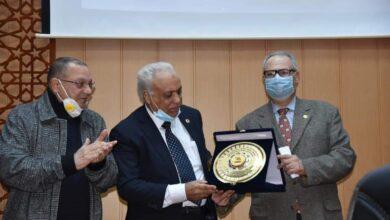 Photo of بالصور.. جامعة الدلتا تكرم رائد زراعة الكبد في الشرق الاوسط