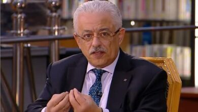 Photo of طارق شوقي للتعليم اليوم.. طالب بالغربيه صور ورقته وتم القبض عليه