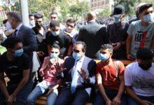 Photo of وزير التعليم العالي يفتتح العام الجامعي الجديد بتحية العلم
